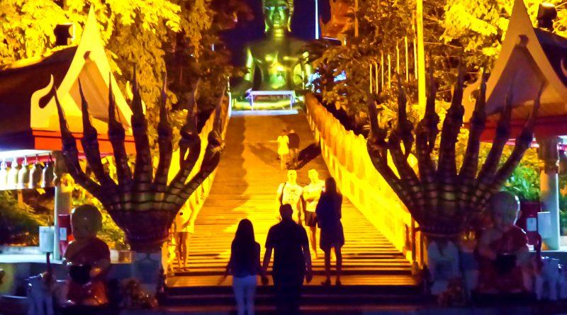 grande Buddha dorato Pattaya