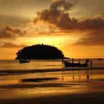 kata spiaggia phuket thailandia